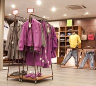 Retail growth comes to grinding halt amid rate cut uncertainty
