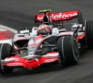 Vodafone dumps V8 Supercar and cricket sponsorships