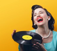 Vinyl record sales up 77% despite overall decline in Aussie music sales