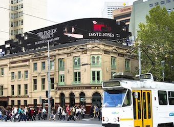 David Jones streams live footage through digital billboards for VAMFF
