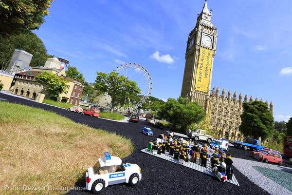 greenpeace, lego, protest, shell