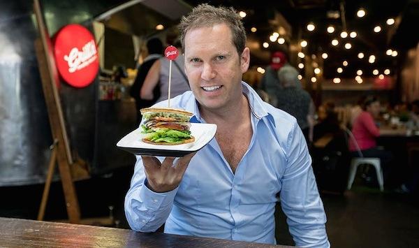 Simon Crowe healthy low carb super bun 600w