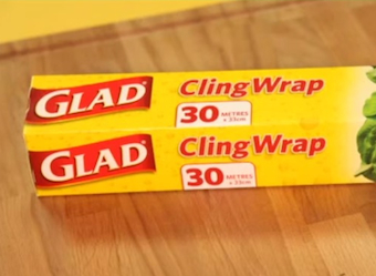 New Glad wrap cutter crisis- customer complaints spark reversal of box innovation