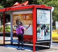 AusPost wraps up outdoor Christmas campaign