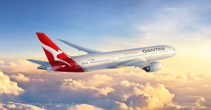 Qantas reshuffles its executive team with familiar faces