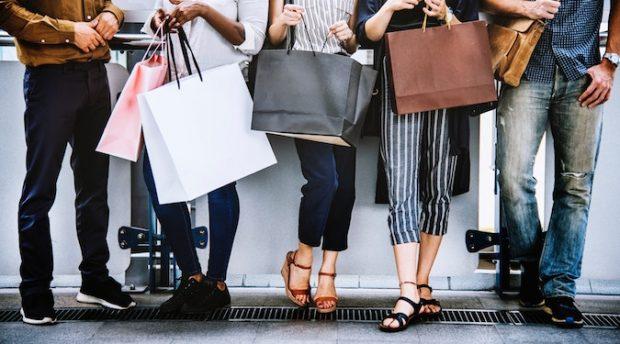 Amazon still biting at eBay's heels – new consumer report for Australian ecommerce