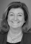 Author headshot: Lynne Capozzi