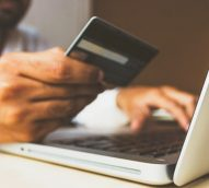 Forty-three percent of Australian shoppers buying online